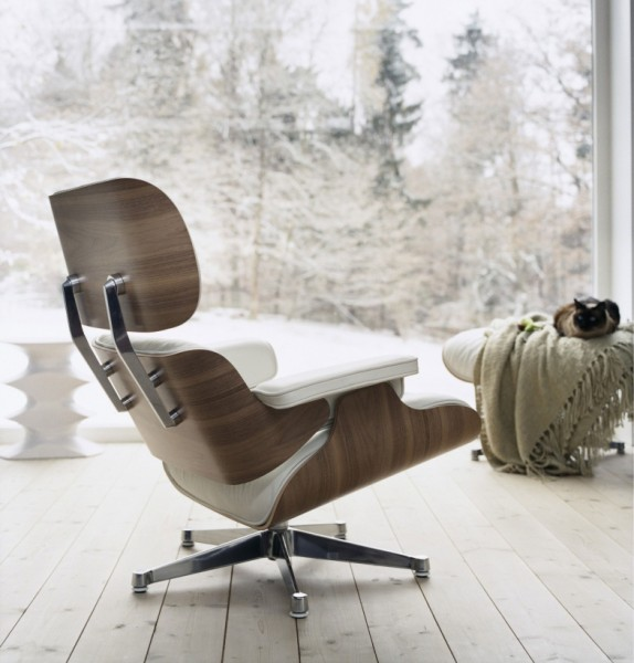 Eames Lounge chair version claire