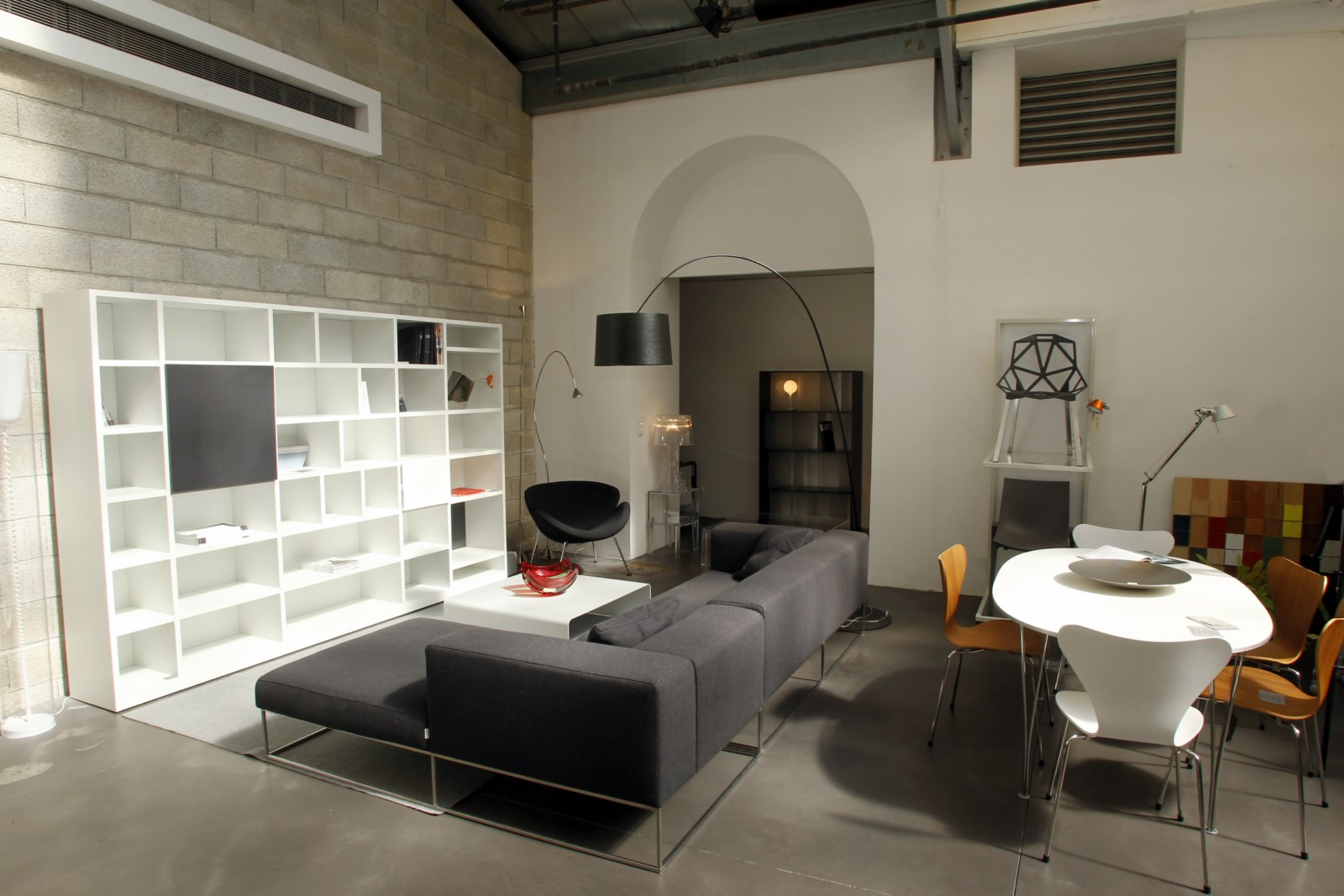 meubles contemporains magasin marseille. Black Bedroom Furniture Sets. Home Design Ideas