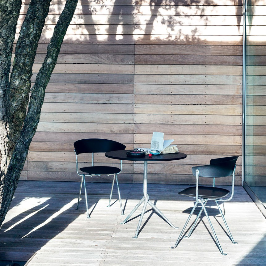 Table Officina Outdoor des Bouroullec